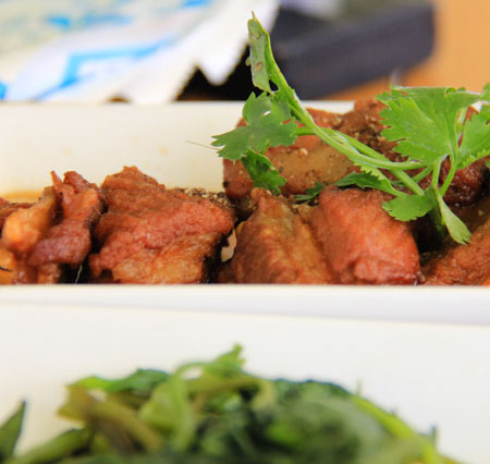 Suon Non Kho Tieu or Braised Pork Ribs with Pepper